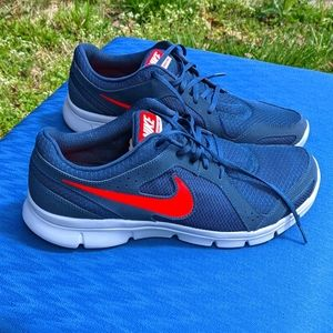 Nike Men's Navy Shoes 12 New in Box